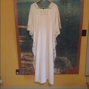VINTAGE caftan SM/MED-Lace retro dress